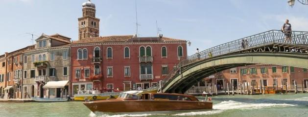 Tag en tur rundt på kanalerne